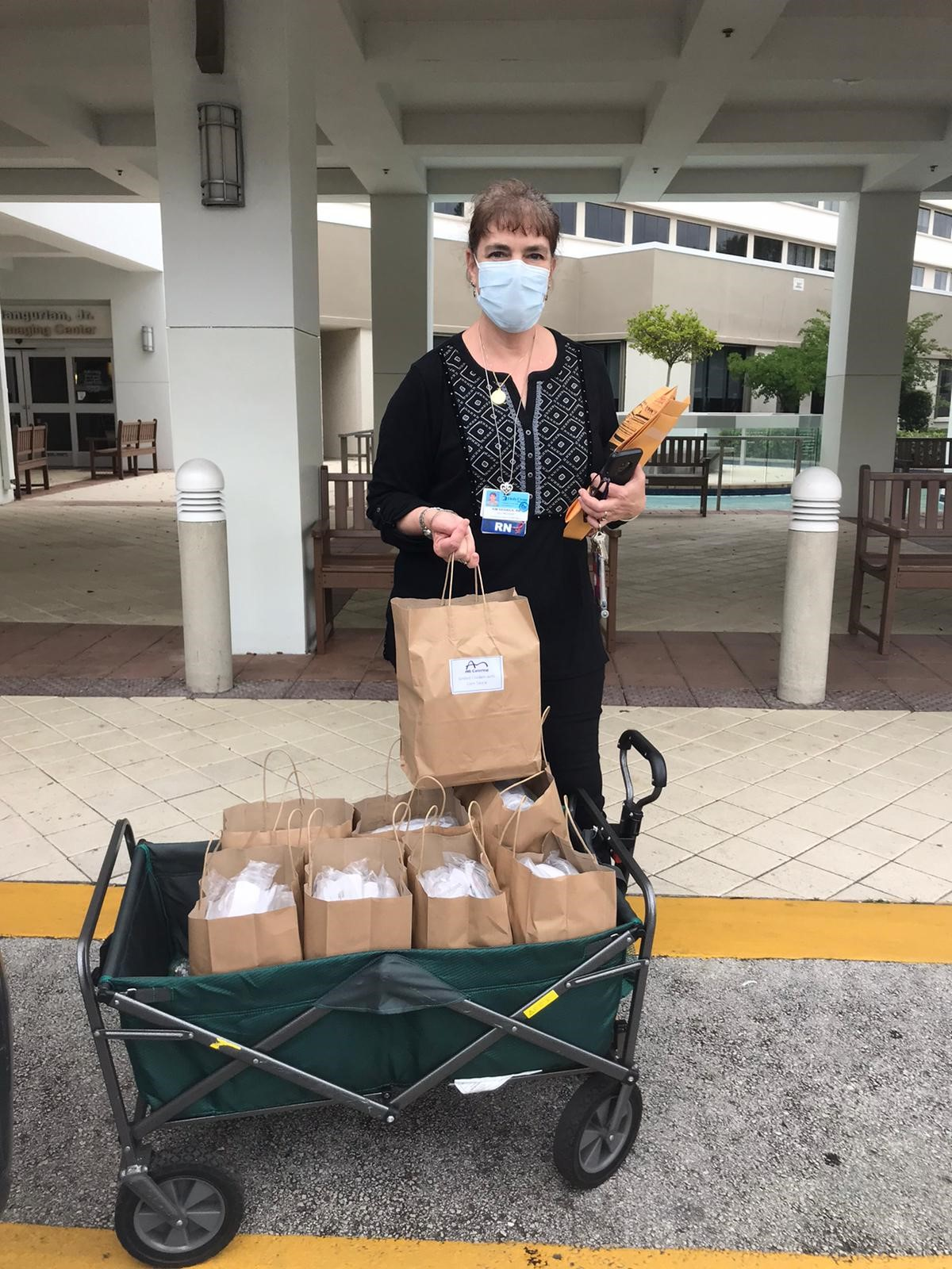 Berger Commercial Realty/CORFAC International Delivers Hot Lunches To Holy Cross Hospital Intensive Care Unit