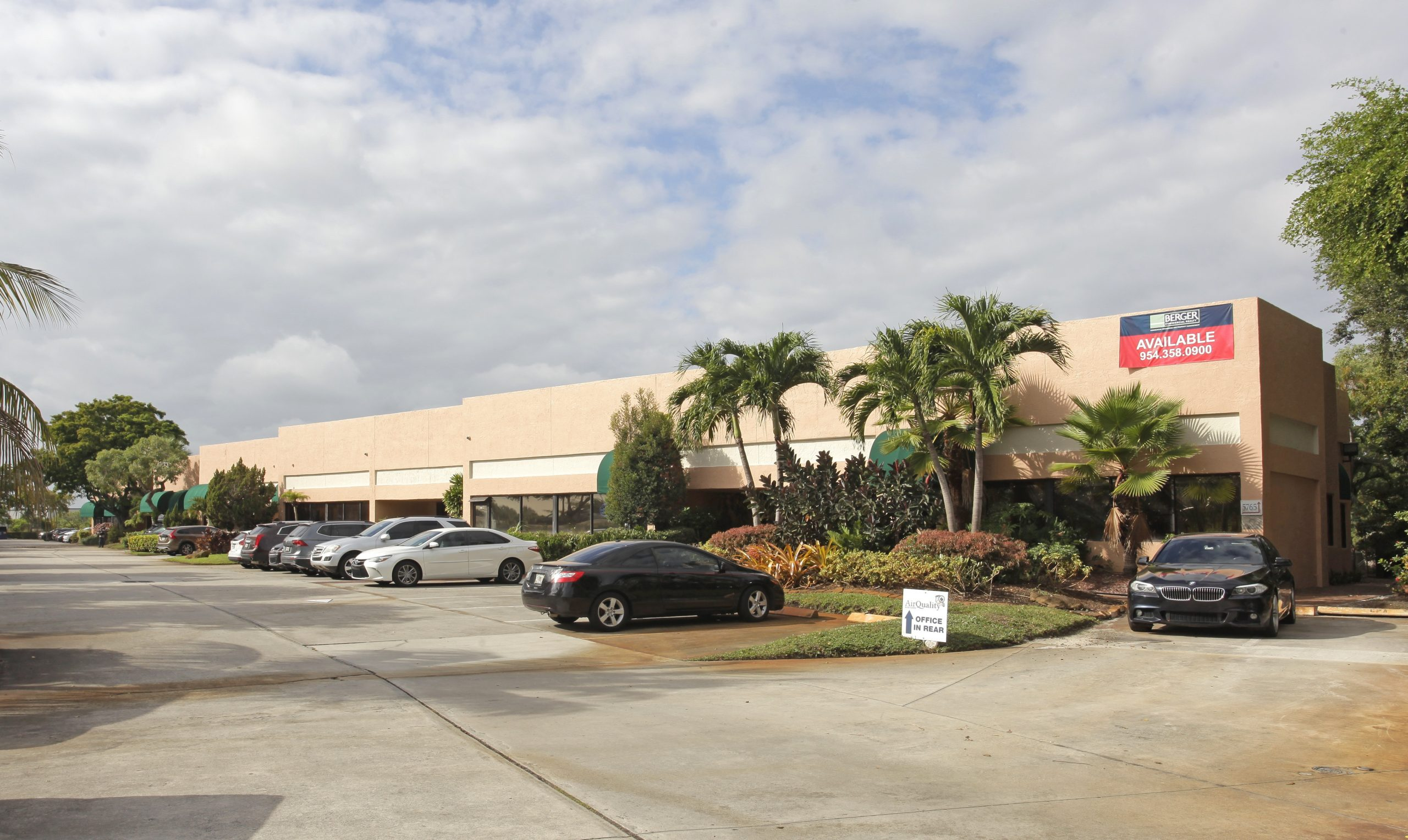 Berger Commercial Realty's Keith Graves, Jonathan Thiel Negotiate Sale Of Fort Lauderdale Office Building